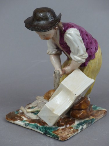 Statuette in hard porcelain from Strasbourg, signed Joseph Hannong, 18th century - Porcelain & Faience Style Louis XV