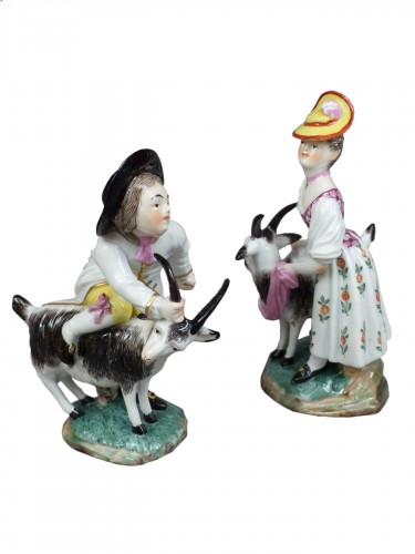 Goatherd and goatherd in hard porcelain of Hochst made by J.P.Melchior