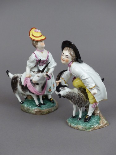 Porcelain & Faience  - Goatherd and goatherd in hard porcelain of Hochst made by J.P.Melchior