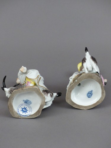 Goatherd and goatherd in hard porcelain of Hochst made by J.P.Melchior -