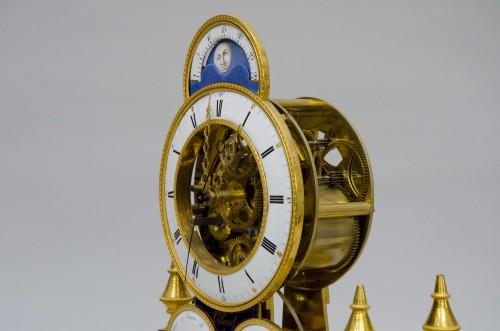 "Skeleton ""portique"" clock, Pillard in Troyes late 18th century - Directoire"