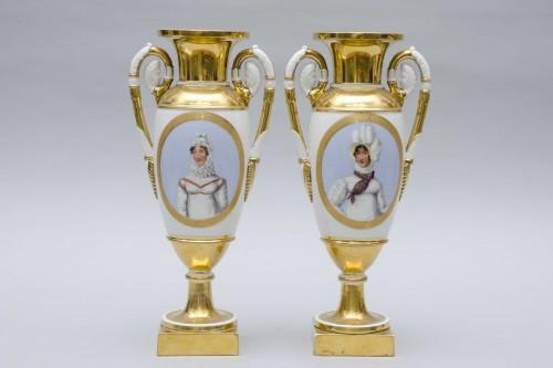 """Empire pair of porcelain vases """"Merveilleuses"""", Paris -"""