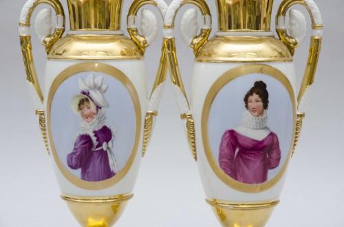 "Empire pair of porcelain vases ""Merveilleuses"", Paris - Empire"