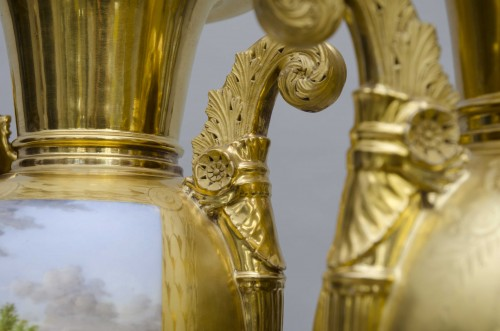 Pair of large Empire vases, gilt ground & landscapes - Porcelain & Faience Style Empire