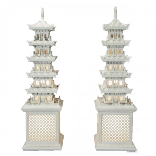 Pair of Pagoda lamps