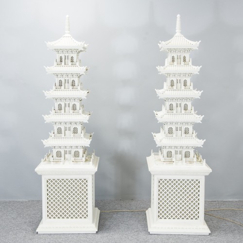 Pair of Pagoda lamps - Lighting Style