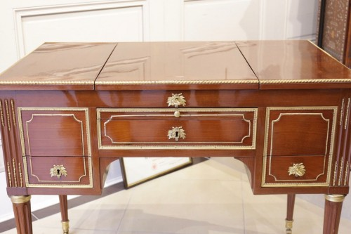 Coiffeuse Joseph Stockel - Furniture Style Louis XVI