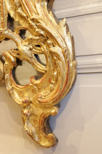 French Regence - A French Rgence Giltwood Mirror