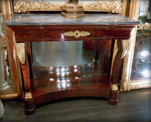 Flamed mahogany console restauration period