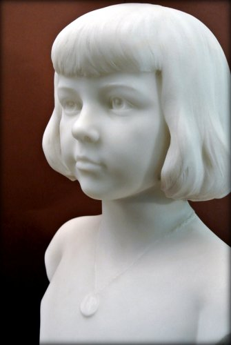 Marble bust of a young child - Augustin LESIEUX -