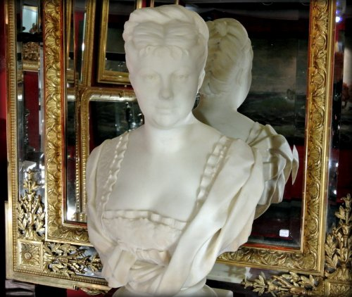19th century - White marble bust signed h icard