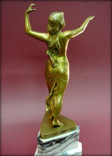 Bronze danser in art deco style signed morin - Sculpture Style Art Déco