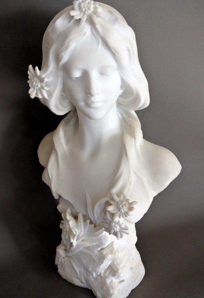 sculpture en marbre de carrare xixe si cle. Black Bedroom Furniture Sets. Home Design Ideas