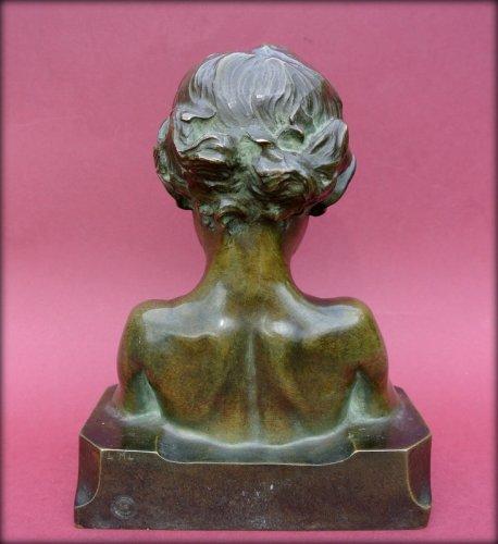 Statue signed j. camus -