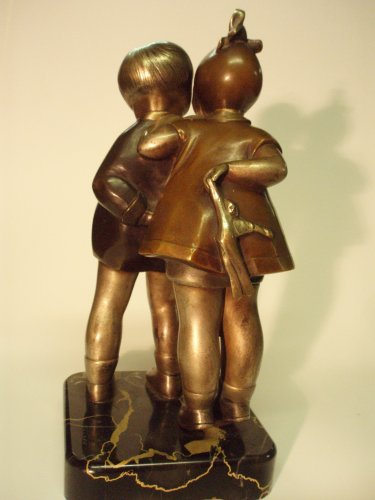 Bronze statue signed Kelety -