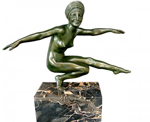 Art déco bronze figure by zinsky