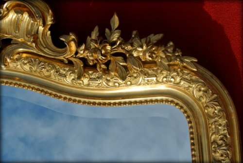 19th century - Large 19th century mirror with pediment
