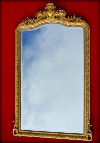 Napoléon III - Large 19th century mirror with pediment
