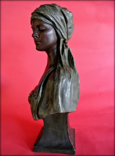 Bust of a young oriental woman signed thiele -