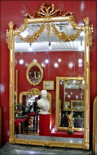 Mirrors, Trumeau  - Mirror gilded with gold leaf, late 19th century
