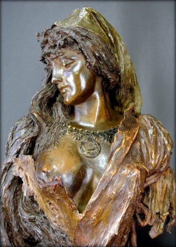 Bust terracotta Art Nouveau style