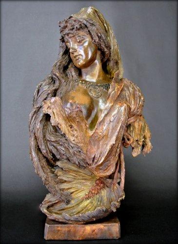 Sculpture  - Bust terracotta Art Nouveau style