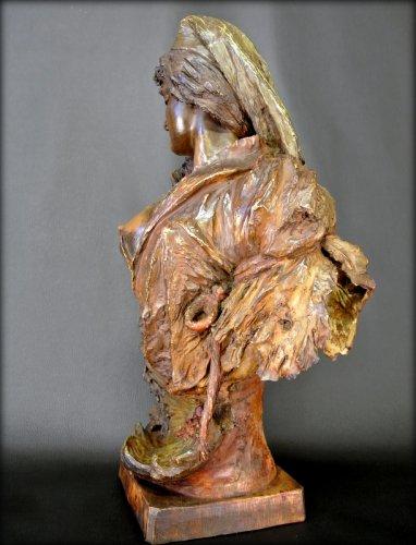 Bust terracotta Art Nouveau style - Art nouveau