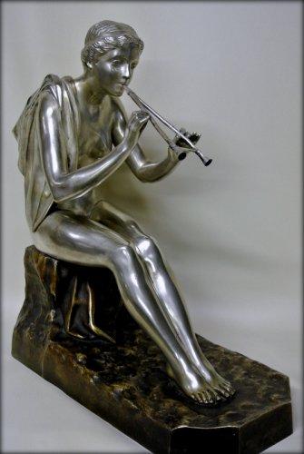 Art Déco - Muse bronze signed OBIOLS