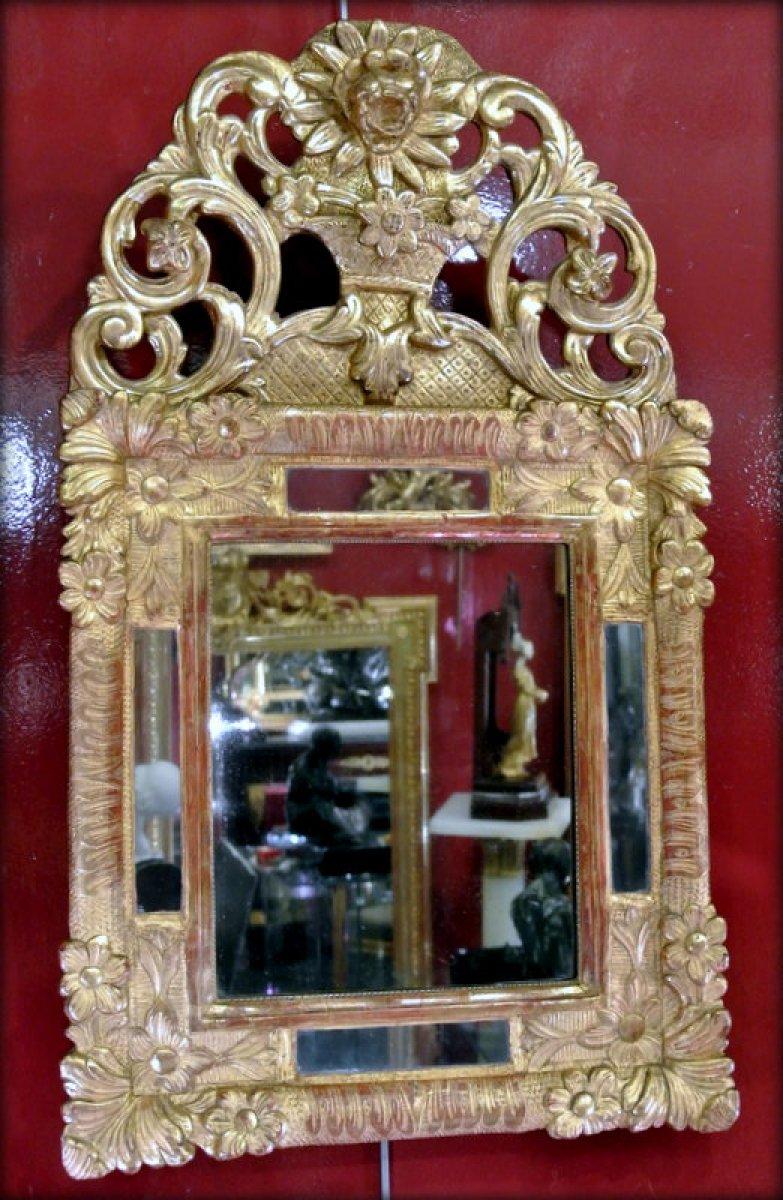 Petit miroir en bois dor xviiie si cle for Petit miroir dore