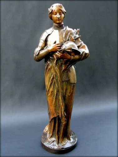 Bronze figure signed P. GASQ 1918