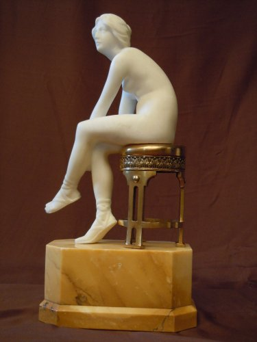 20th century - Alabaster Statue of a young woman