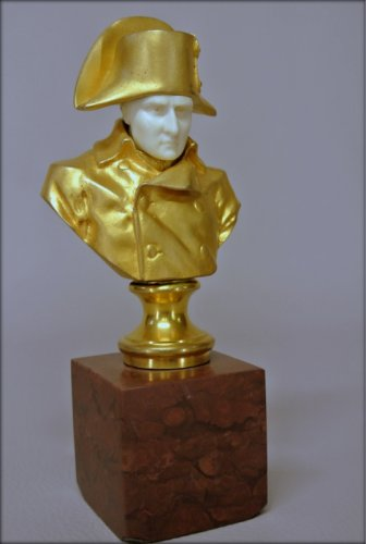 "Sculpture  - ""Napoleon 1er"""