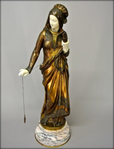 """La Fileuse"" by Carrier Belleuse - Sculpture Style Art nouveau"
