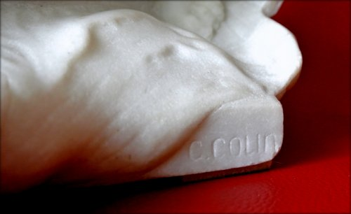 Antiquités - Carrara marble Sculpture by G COLIN