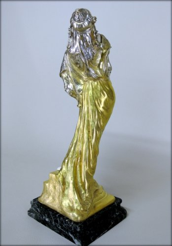 Statue Art-Nouveau signed TH. SOMME -