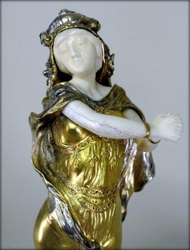 Statue Art-Nouveau signed TH. SOMME - Art nouveau
