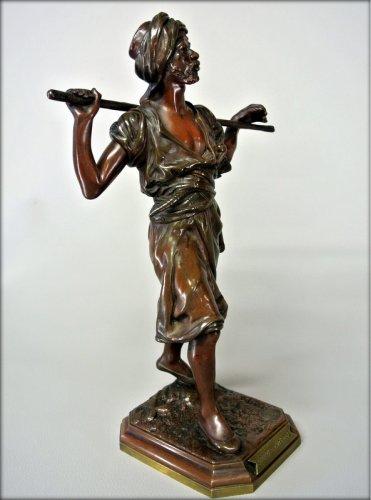 Sculpture  - Orientalist statuette in bronze signed PINEDO