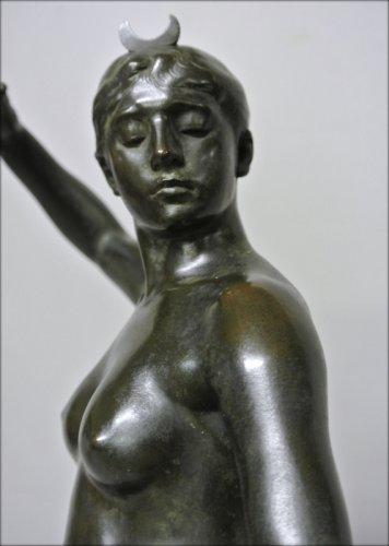 Art nouveau - Diane huntress by Alexandre Falguière