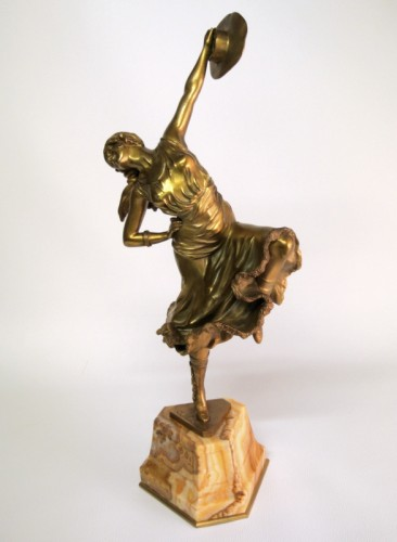 Sculpture Sculpture en Bronze - La danseuse du Mexique - Bronze signé CL JR COLINET