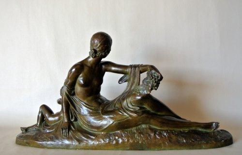 """Venus et Cupidon"" statue signed Joe Descomps - Sculpture Style 50"