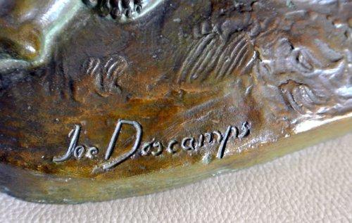 """Antiquités - """"Venus et Cupidon"""" statue signed Joe Descomps"""