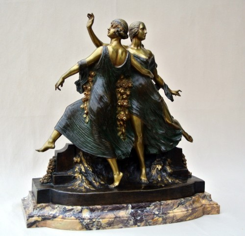 Art-Nouveau statue signed J D Guirande ( Joe Descomps) -