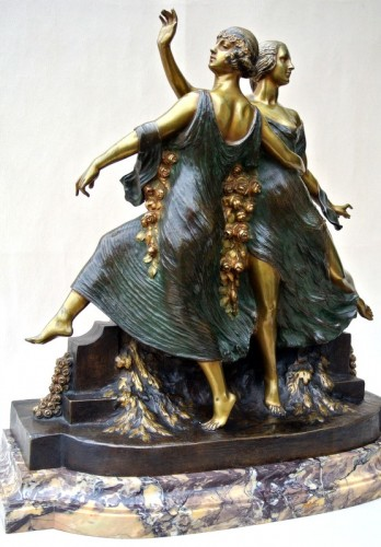 Art-Nouveau statue signed J D Guirande ( Joe Descomps) - Art nouveau