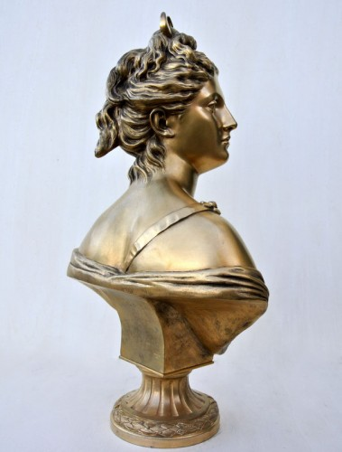"20th century -  ""Diane"" by Houdon"