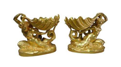 Pair of gilt bronze cups by Marioton and Sandoz (Epoque 1900)
