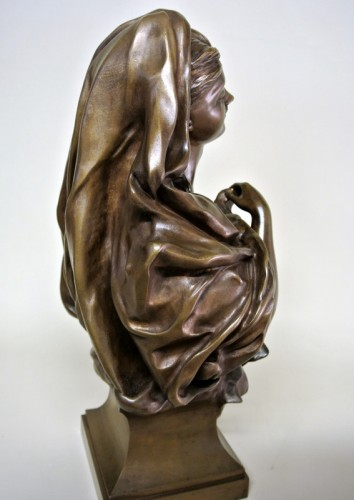 20th century - Bronze bust - Manuela (1847/1933)