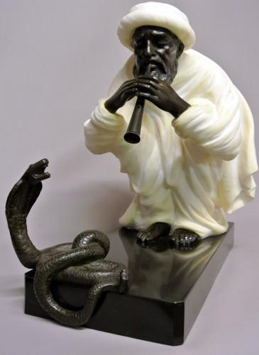 """Snake charmer"" by  Alfredo Morelli (XIX/XXème) - Sculpture Style Art Déco"