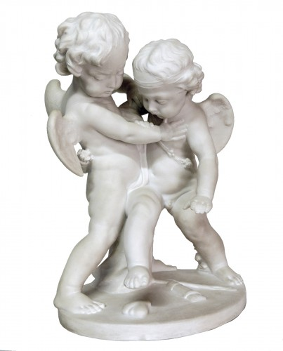 """Amours se disputant un coeur"" marble around 1900"