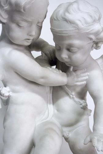 """""""Amours se disputant un coeur"""" marble around 1900 - Art nouveau"""