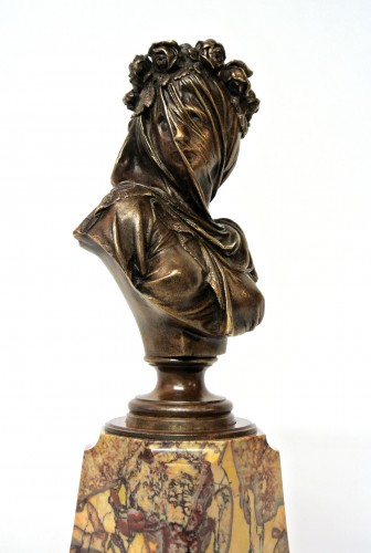 Sculpture Sculpture en Bronze - Vestale voilée Albert-Ernest Carrier-Belleuse (1824/1887)